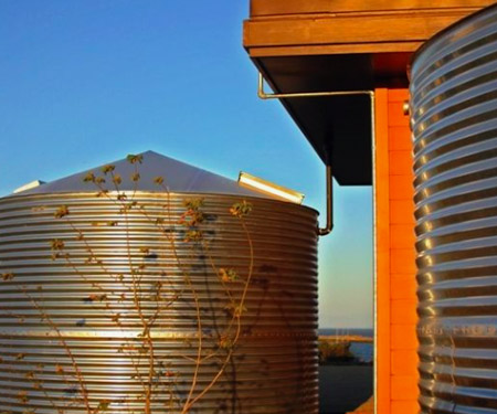 Large Metal Water Storage